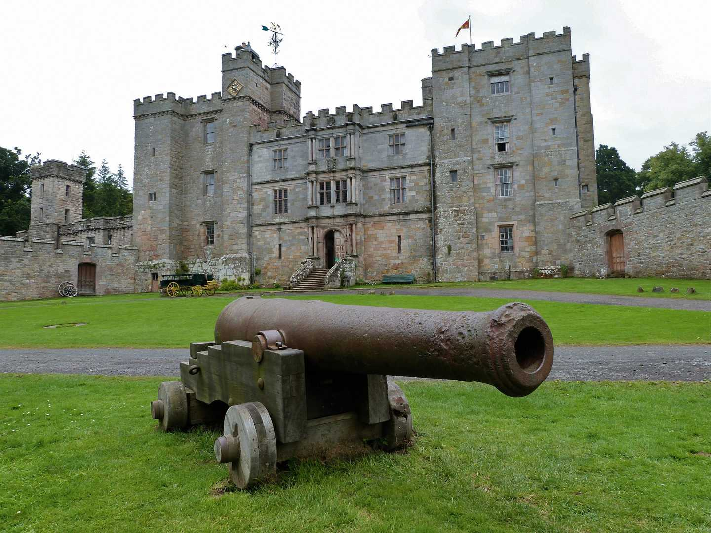 Canon in front of Chillingham Castle