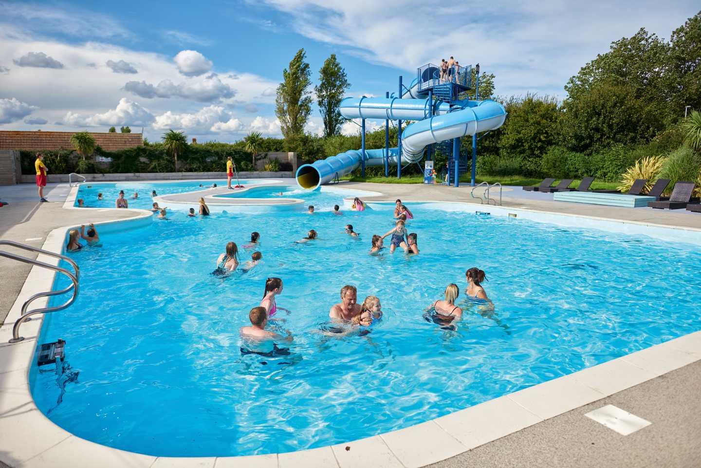 Thorpe Park pool