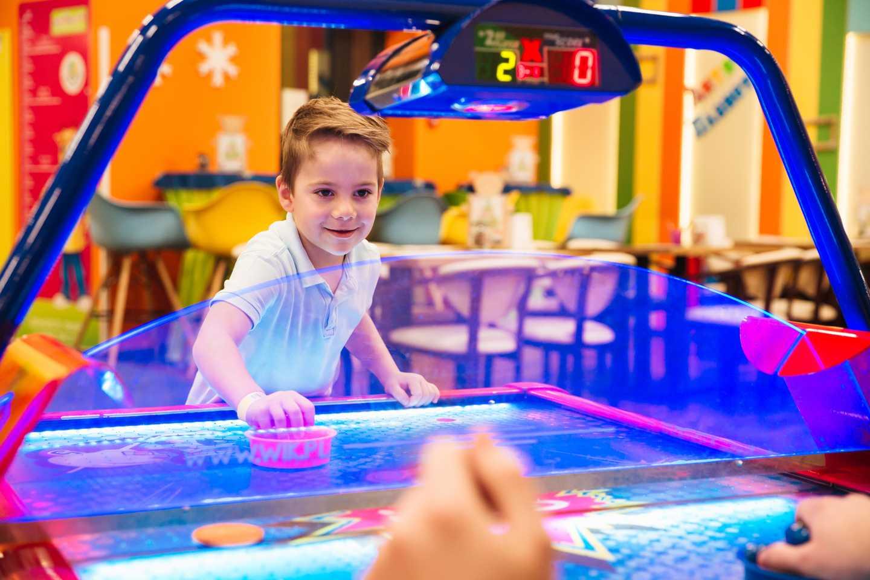 Oodles amusements centre*