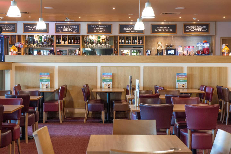 Mash and Barrel restaurant at Littlesea