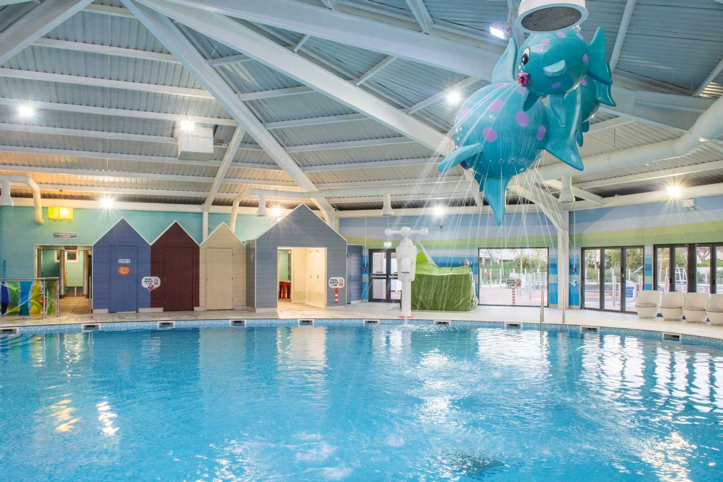 Littlesea caravan holiday park in weymouth haven - Holidays in dorset with swimming pool ...