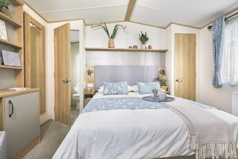 ABI Windermere master bedroom