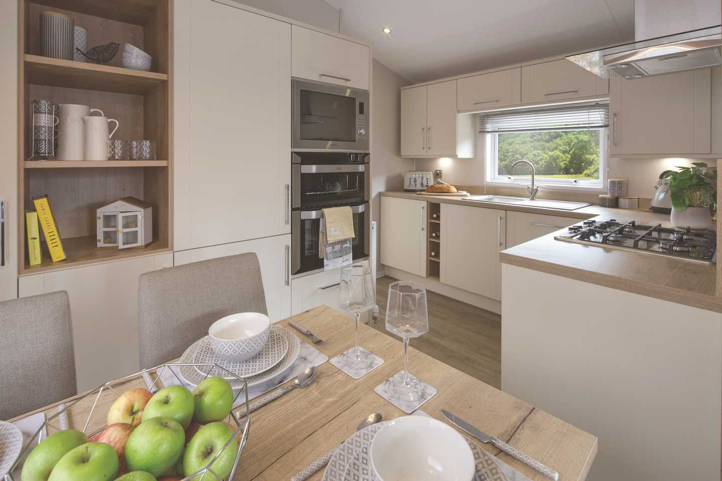 Willerby Winchester dining area