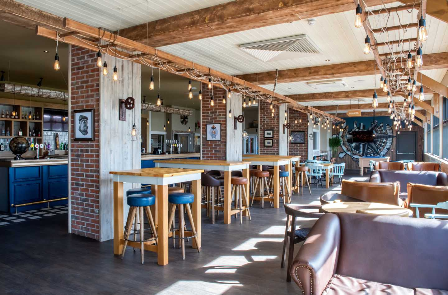 NEW - HMS Glendower Pub