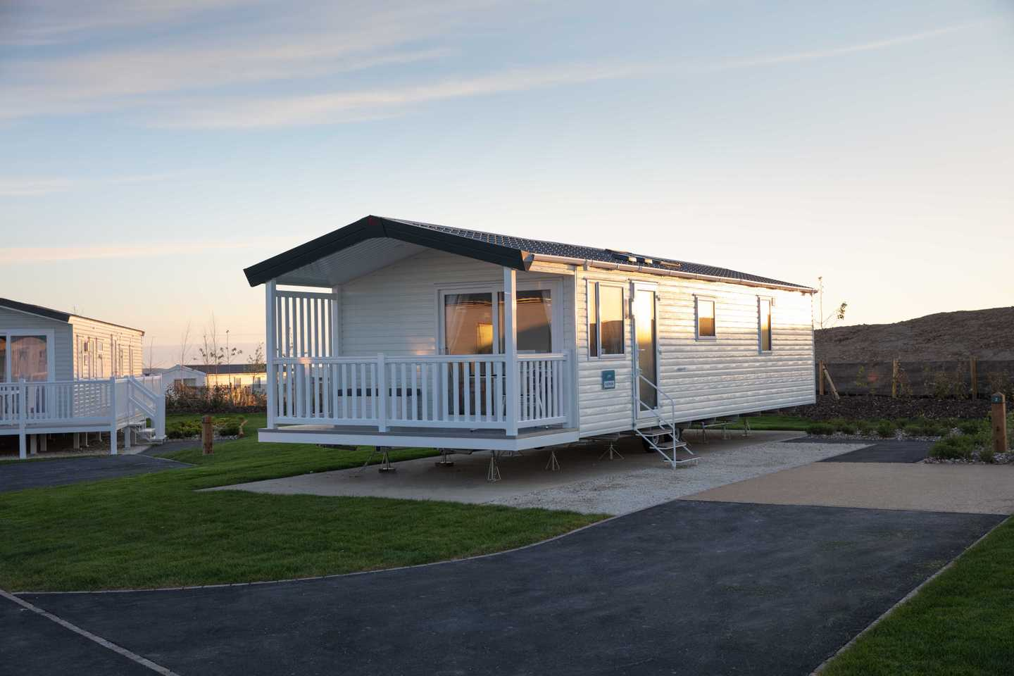 Representation of a Platinum with decking at Milkwood Way