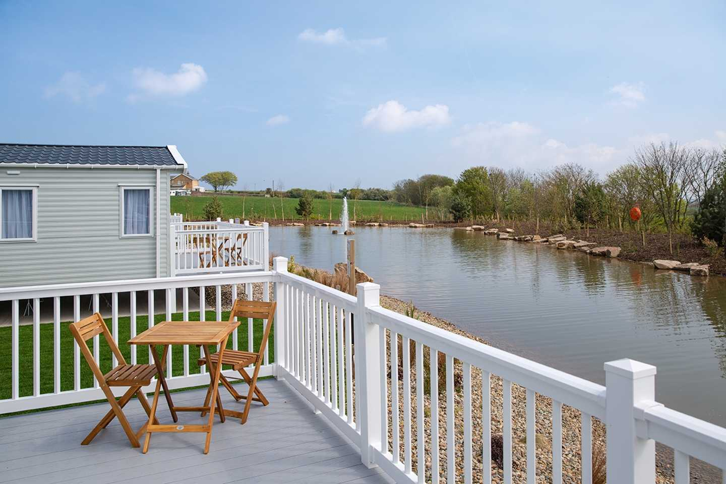 Platinum with wrap-around deck at Blue Dolphin's exclusive area - Wold Vale