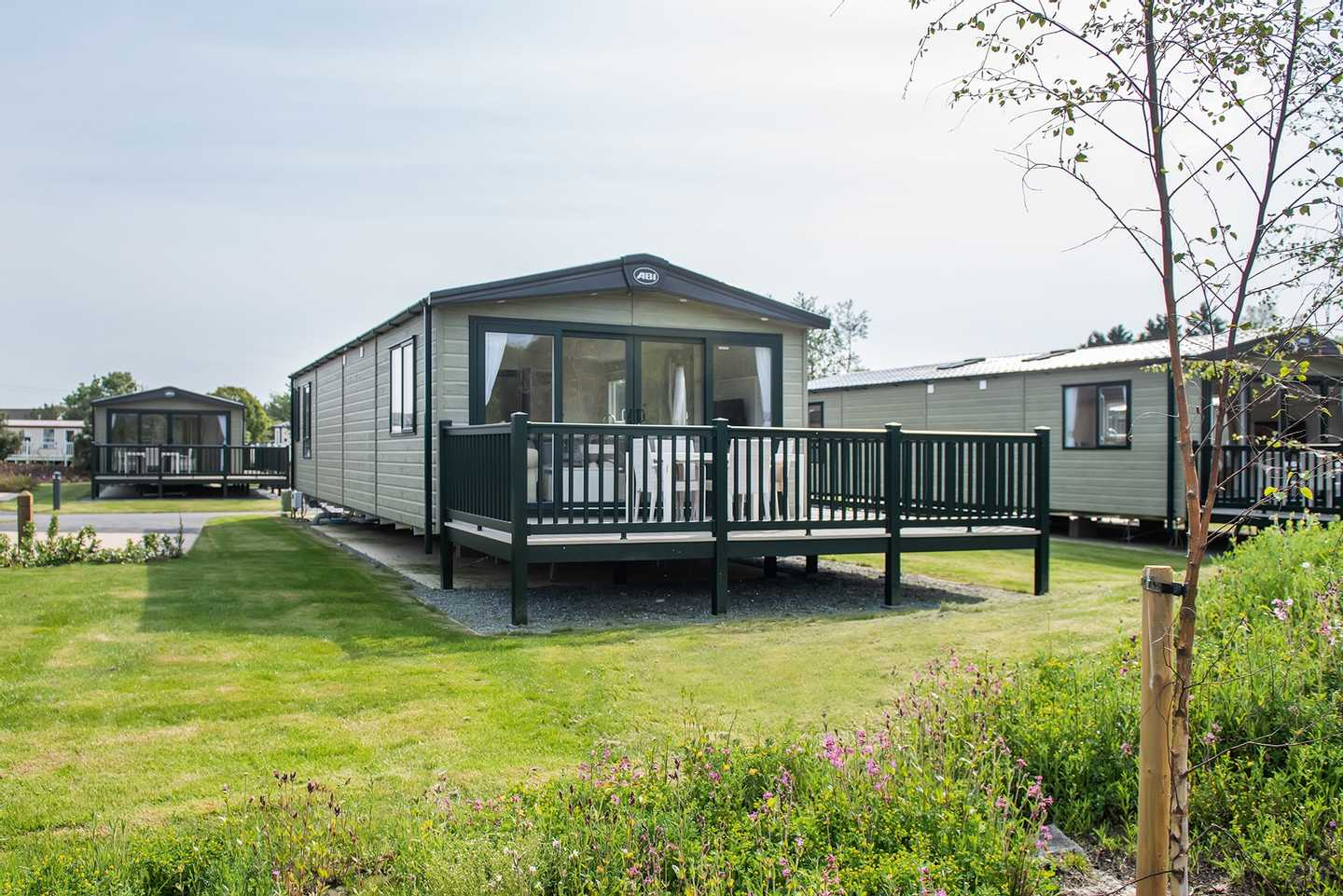 Platinum with decking at Harlech View, Hafan y Môr