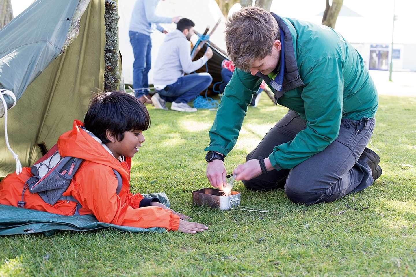 Child learning bush craft at our Nature Rockz activity