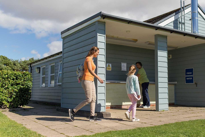 Touring and camping facilities at Lakeland