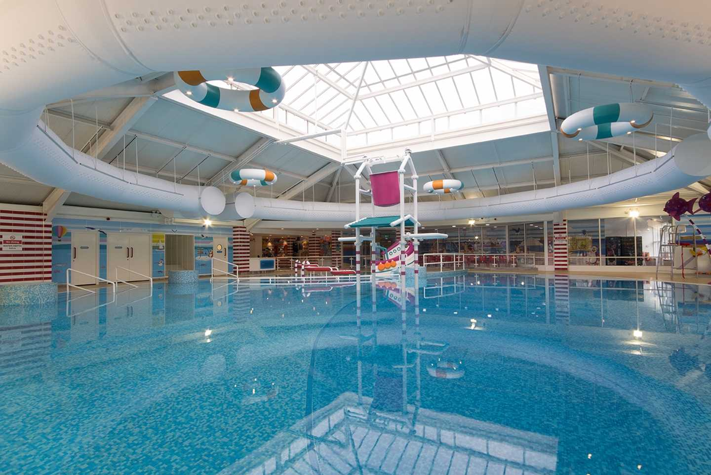 The indoor pool at Thorpe Park