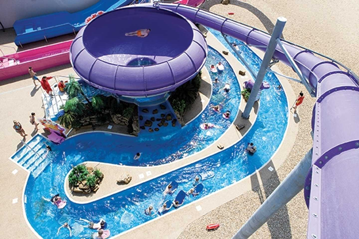 Lazy river linking the indoor and outdoor pool and the Space Bowl flume