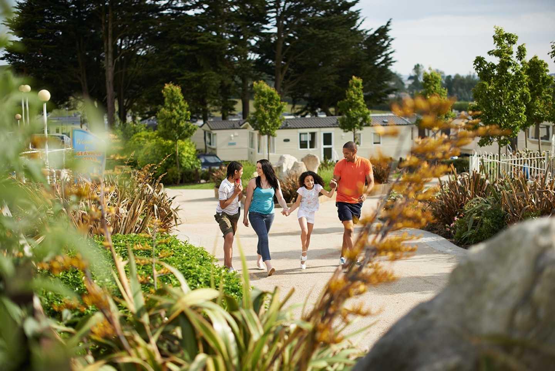 Family walking through Seaview Holiday Park
