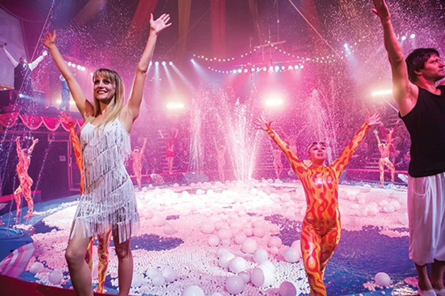 A show in the Hippodrome Circus