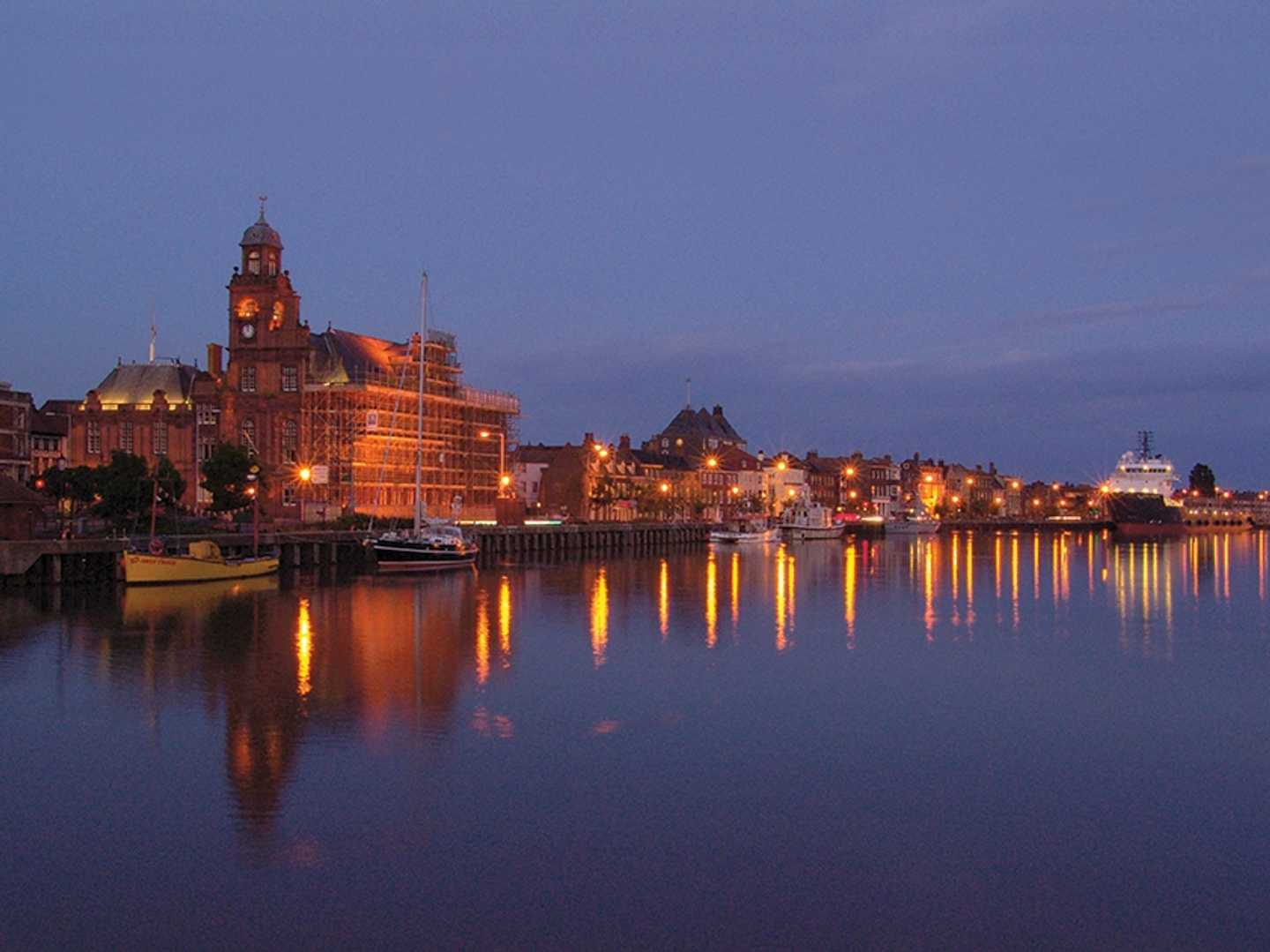 Great Yarmouth quay at dusk