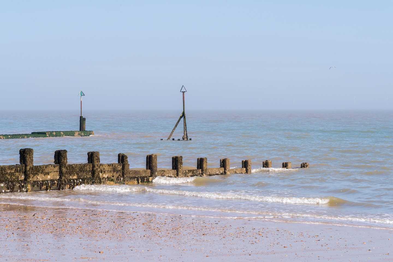 Clacton Beach © Monika (flickr)