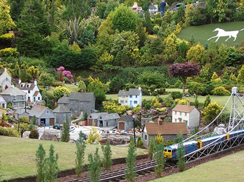Babbacombe Model Village - Torquay