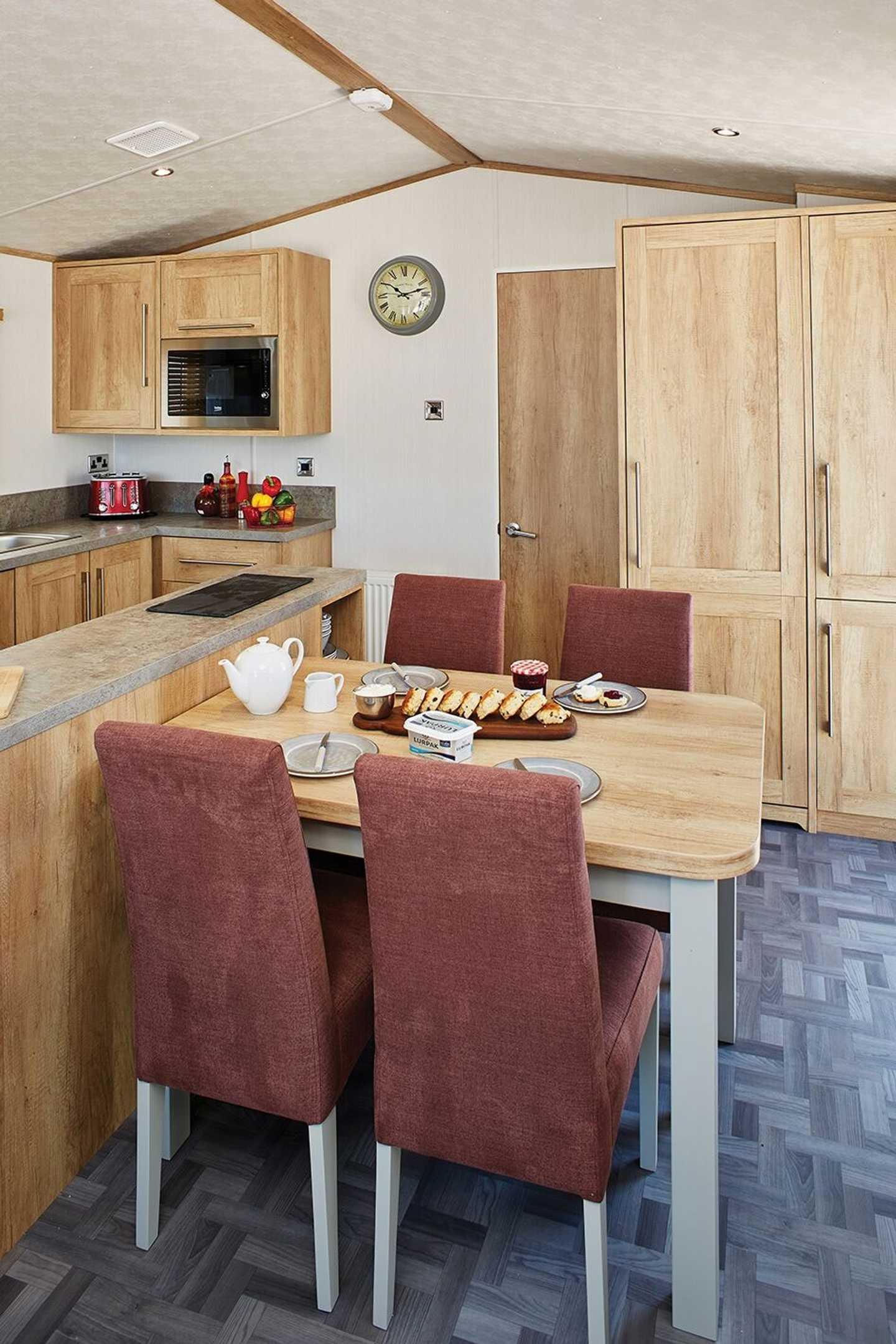 Carnaby Glenmoor Lodge dining area
