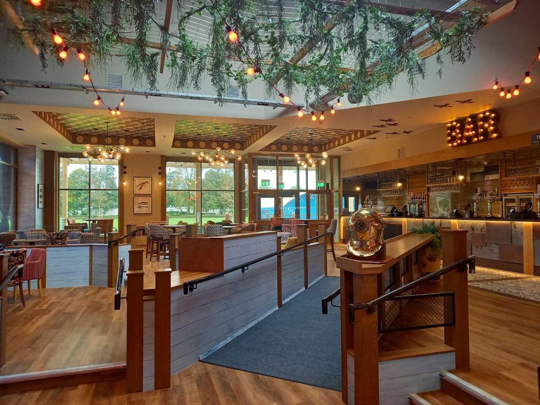 The Marina Bar at Lakeland