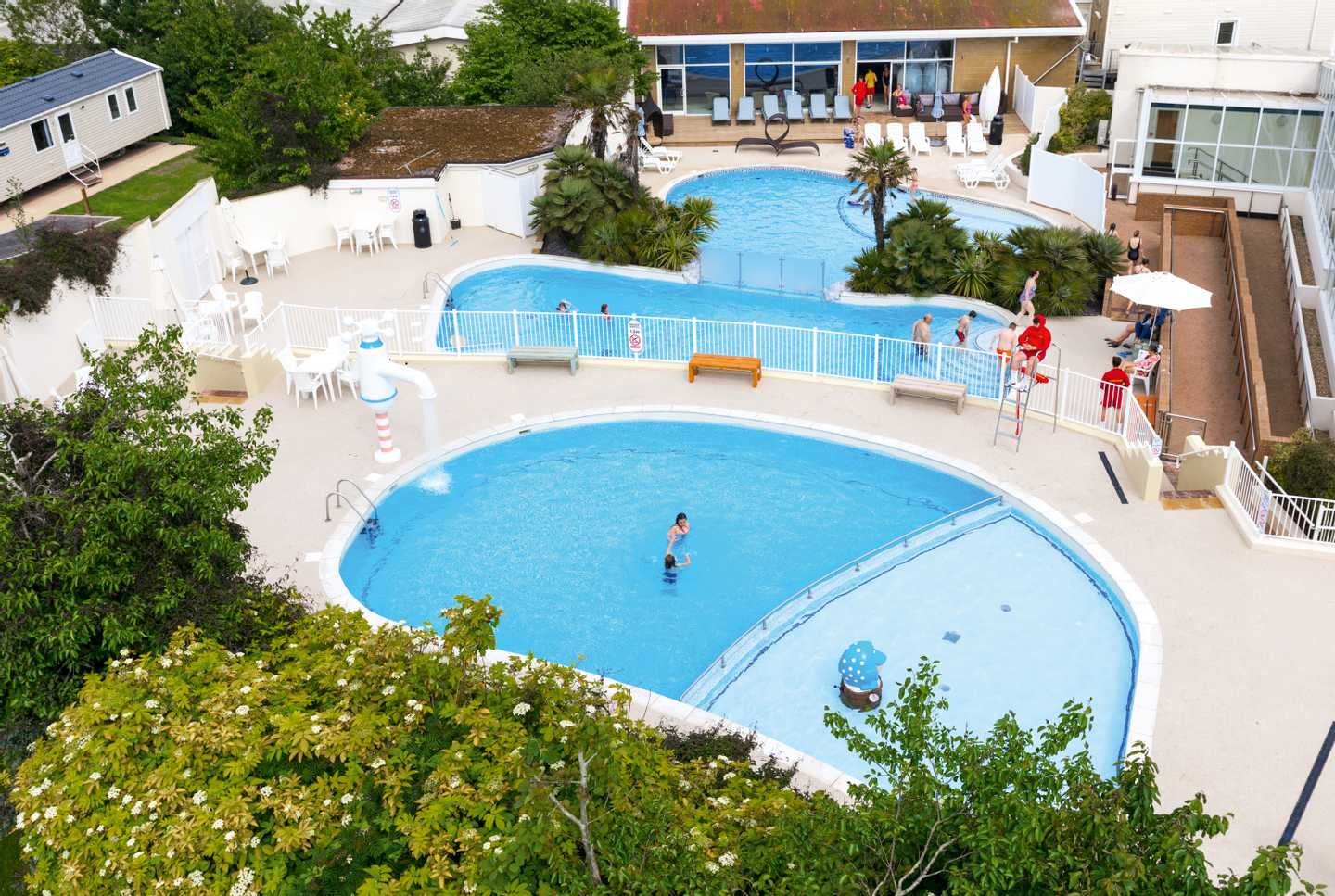 Birds eye view of the multi-level outdoor pool