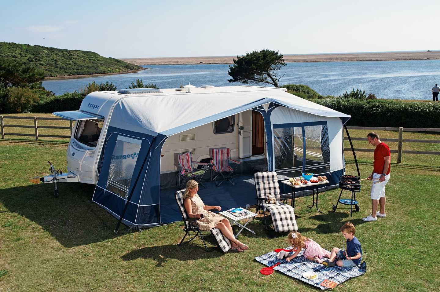Touring and camping area overlooking the Fleet lagoon