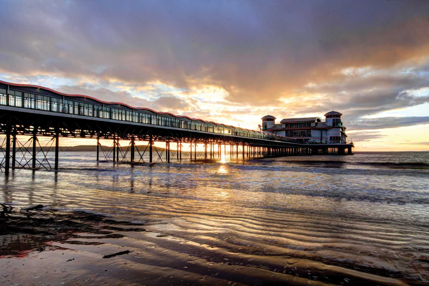 Sunrise over Weston-Super-Mare Grand Pier