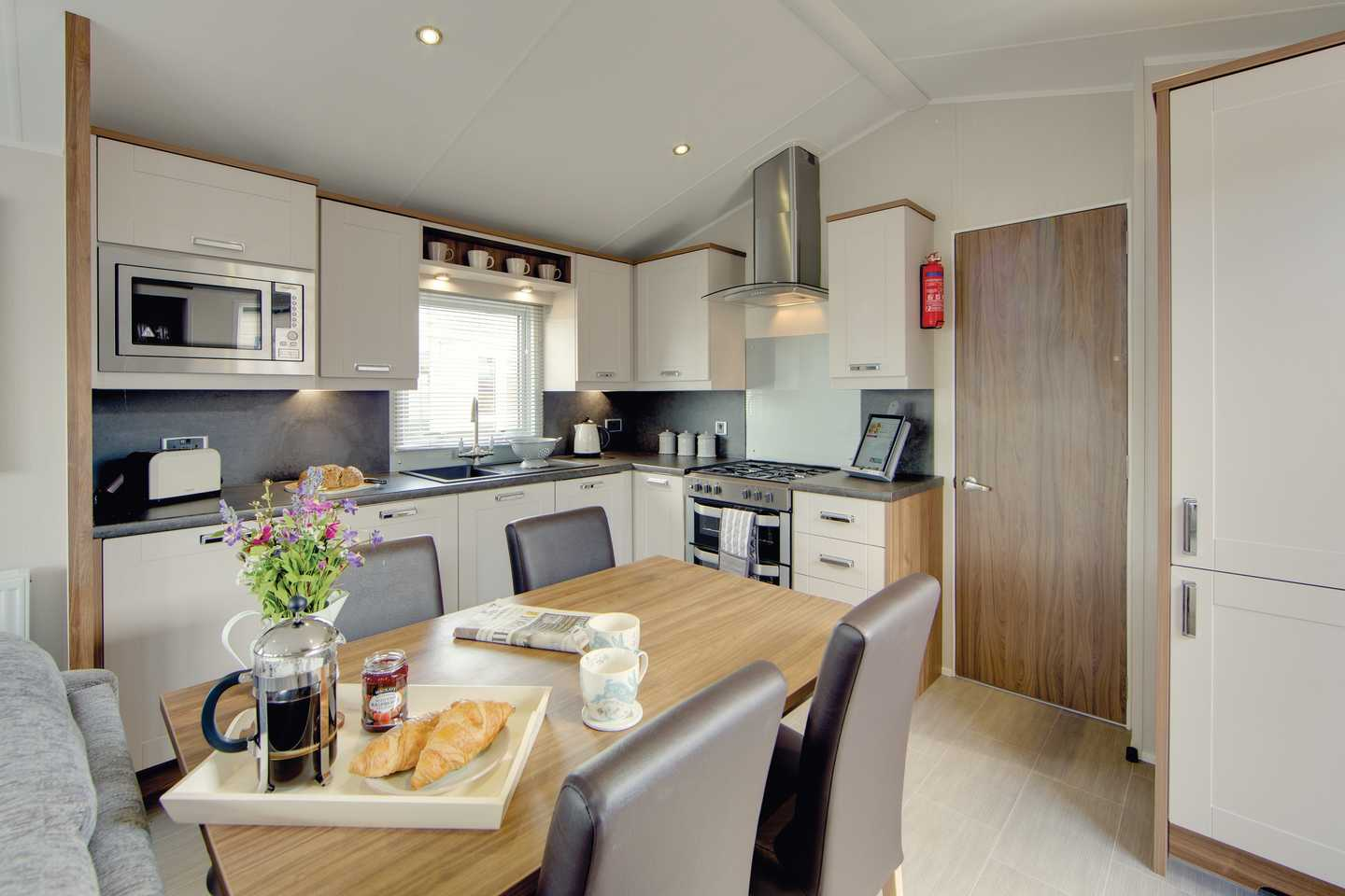 Kitchen in a Willerby Sheraton